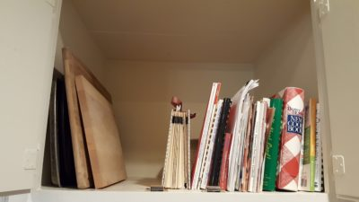 how to organize cookbooks, kitchen organizing, how to organize my kitchen